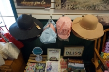 amish hats and bonnets