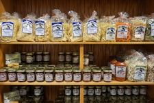 noodles jams and jellies at mary yoders amish kitchen
